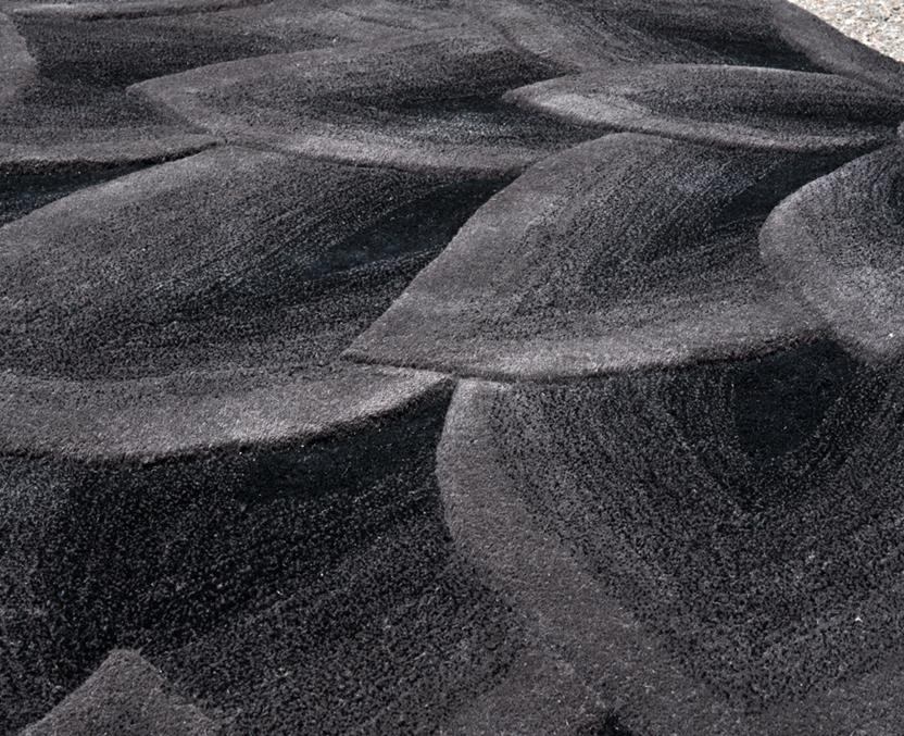 Artisan Studio Lux-Cologne-17027-Black Charcoal Hand-Tufted Area Rug collection texture detail