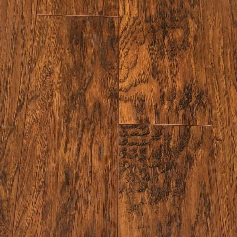 Illusions - Laminate-WMEILL-Ikarus Laminate Flooring collection texture detail