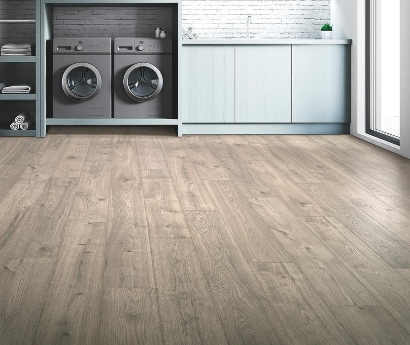 Elderwood-CDL80-Asher Grey Oak Room Lifestyle Laminate Flooring detail