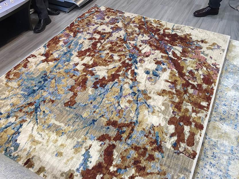Enigma-112i Room Lifestyle Machine-Made Area Rug detail